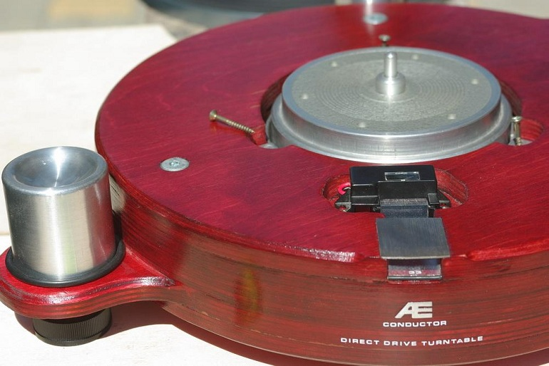 Dual 701 Turntable for Sale http://diyaudioprojects.com/Phono/DIY-Turntable/