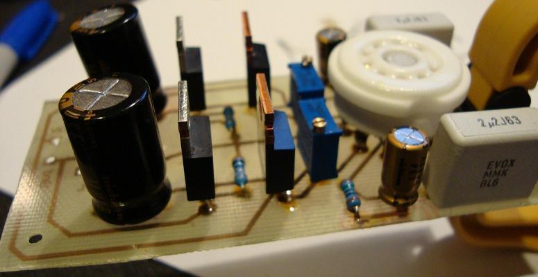 Populate 12AU7 Tube / IRF510 Mosfet Headphone Amp
