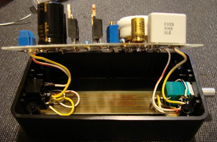 Putting 12AU7 / IRF510 Headphone Amp Together