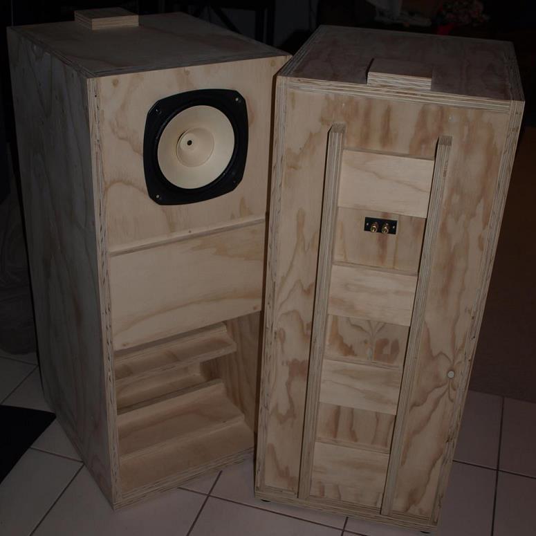 Fostex FE206En Back-Loaded Horn Speaker Cabinets