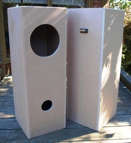 Fostex FE206En in Double Bass-Reflex Speaker Enclosure