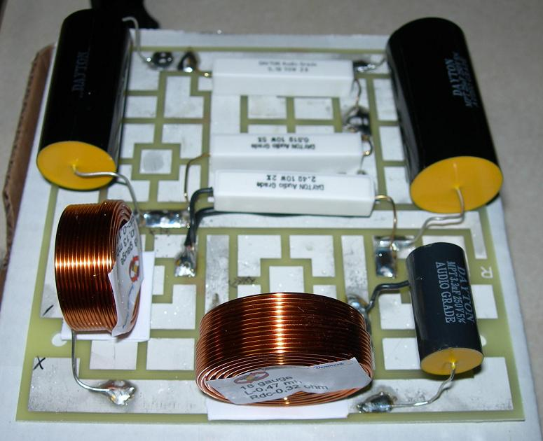 DIY Center Channel Speaker with HiVi F5 and SD1.1A on 2-way 3 speakers wiring, 2-way electronic crossover, 2-way speaker crossover circuit,