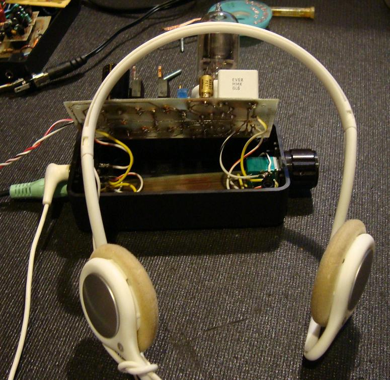 NP-100v12: DIY 12AU7 (ECC82) Tube / IRF510 MOSFET Headphone Amplifier