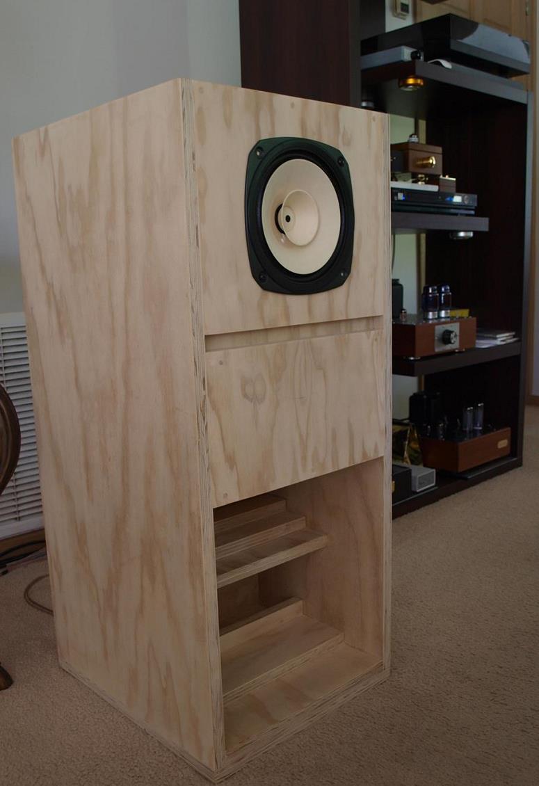 Fostex FE206En Back-Loaded Horn Loudspeaker Cabinets