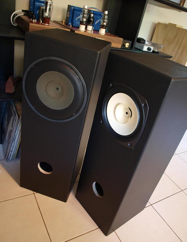 fostex fe206en in double bass reflex speaker enclosure. Black Bedroom Furniture Sets. Home Design Ideas